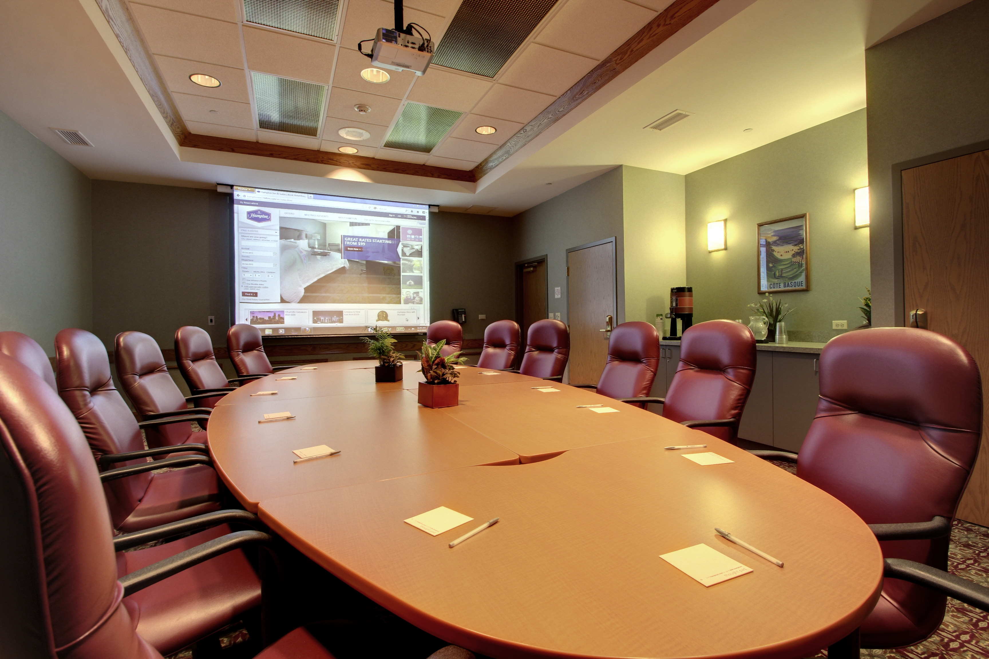 Hampton Inn & Suites Aurora Meeting Rooms