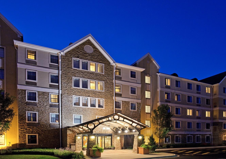 Homewood-Suites-Hilton-Aurora-Naperville-Opens