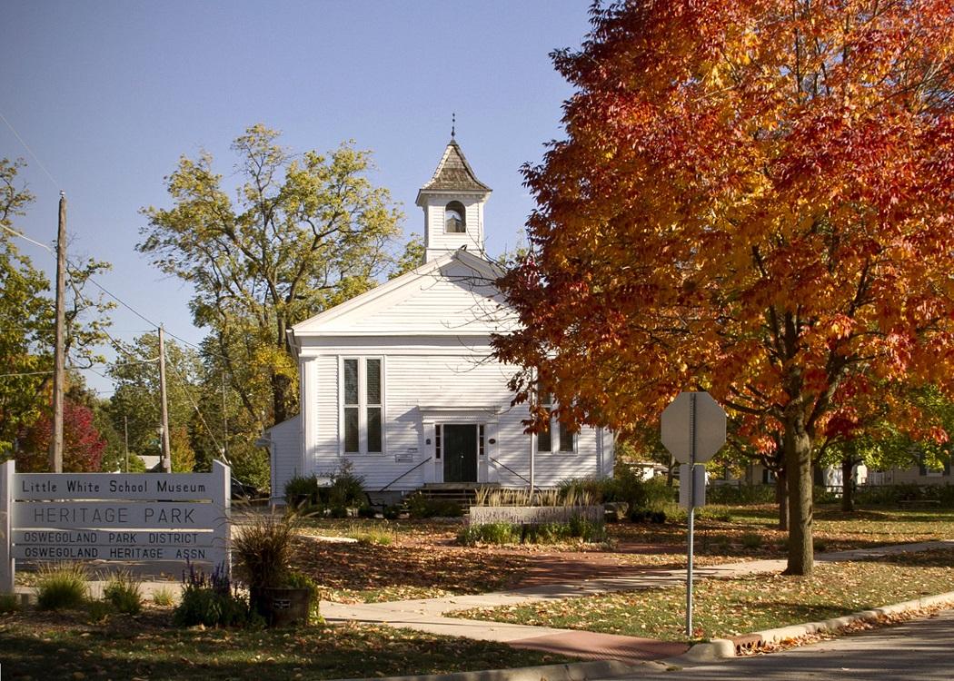 /oswego-history-little-white-school-museum