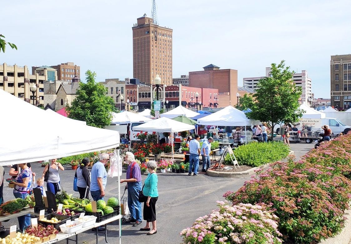 Aurora Farmers Market Downtown